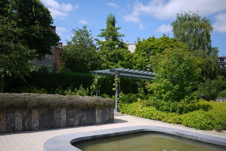Jardin des sens rue de neerpede n 185 for Jardin 54 rue de fecamp